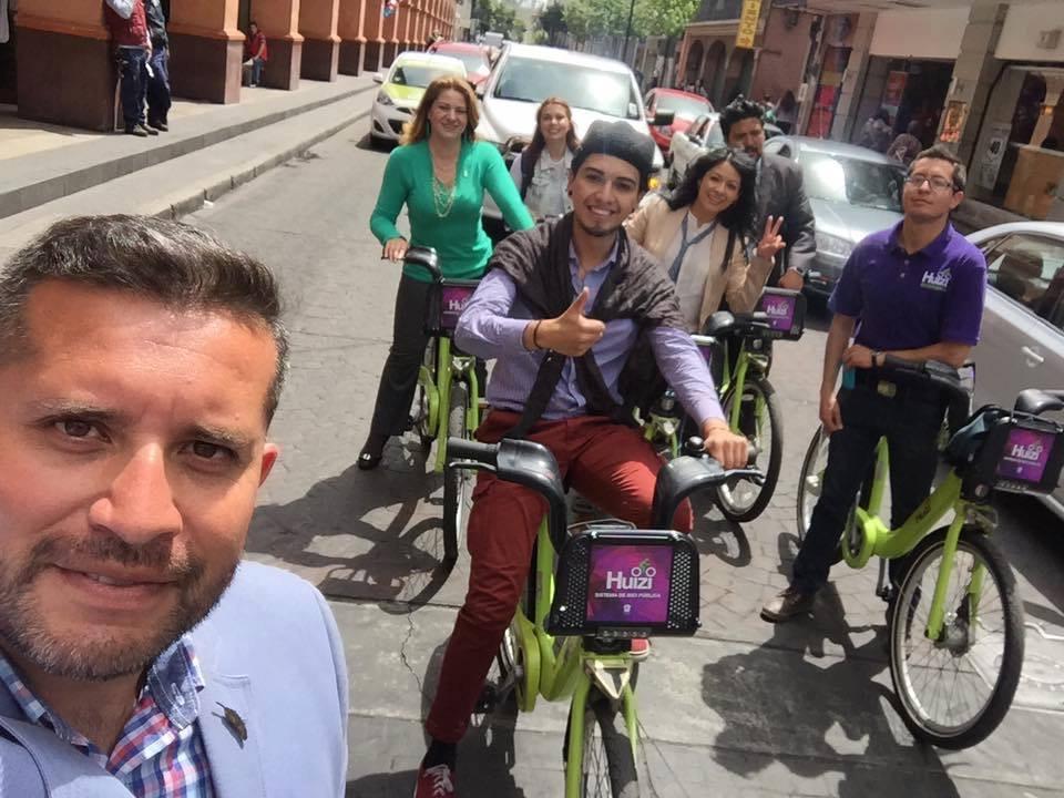 Gabriel Medina y Elba Landeros, ambos regidores de Toluca actualmente