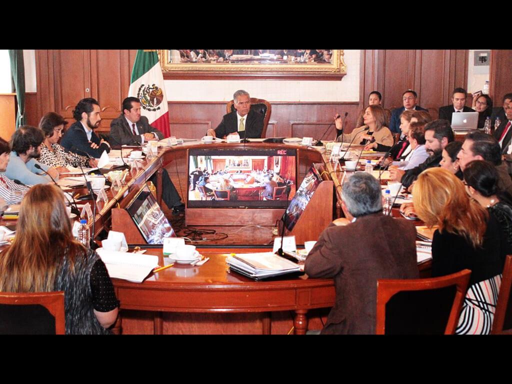 Tiene Toluca subejercicio por mil millones de pesos