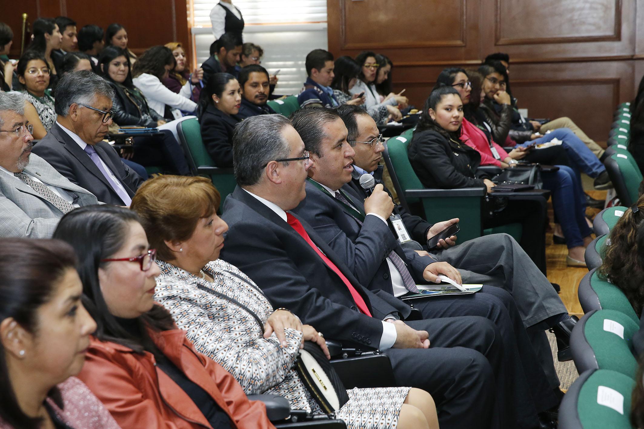 Lista Comisión Especial para evaluar el último informe de Olvera