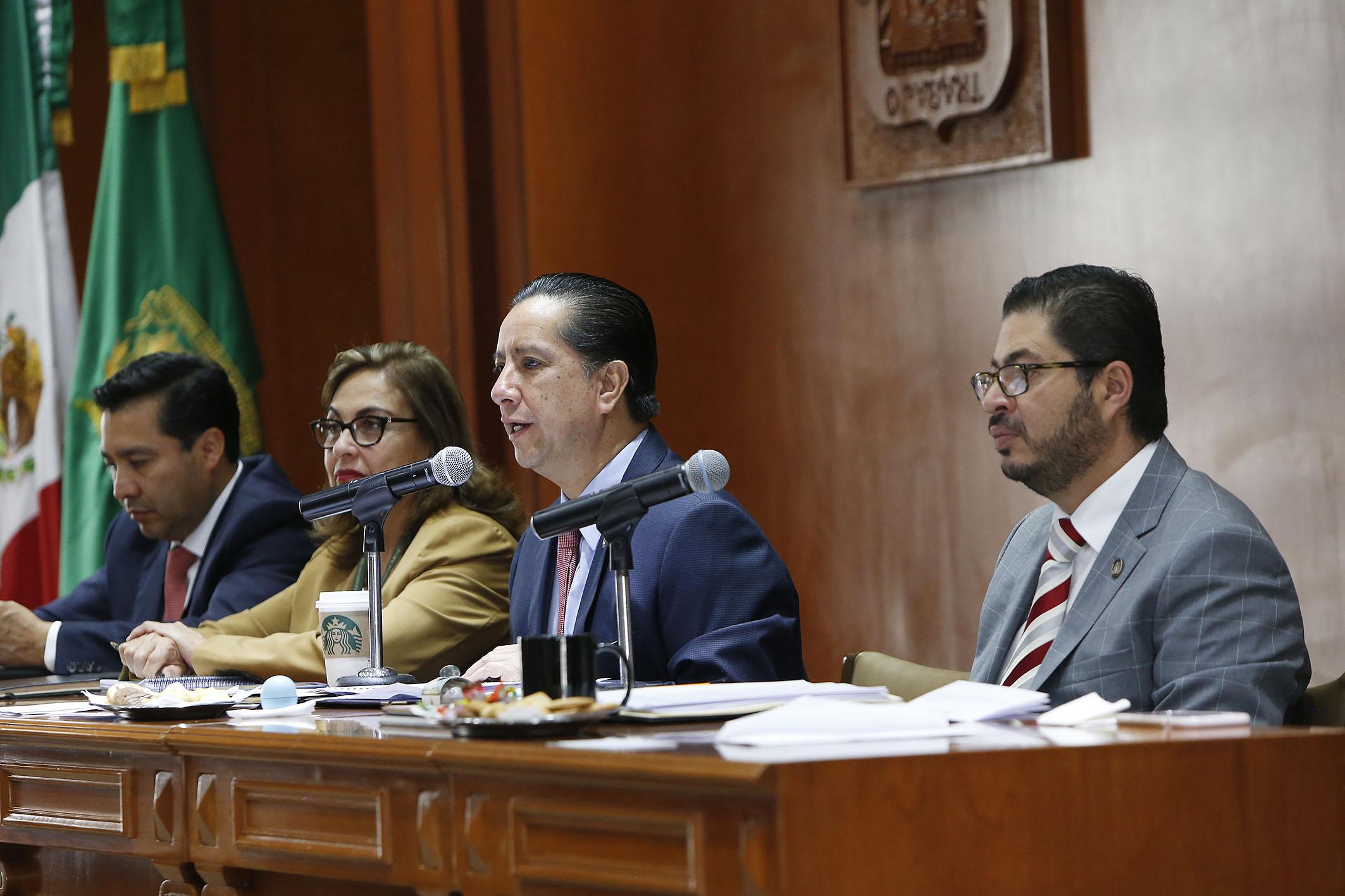 Consejo Universitario reconoce Jorge Olvera por acuerdo con CONACyT