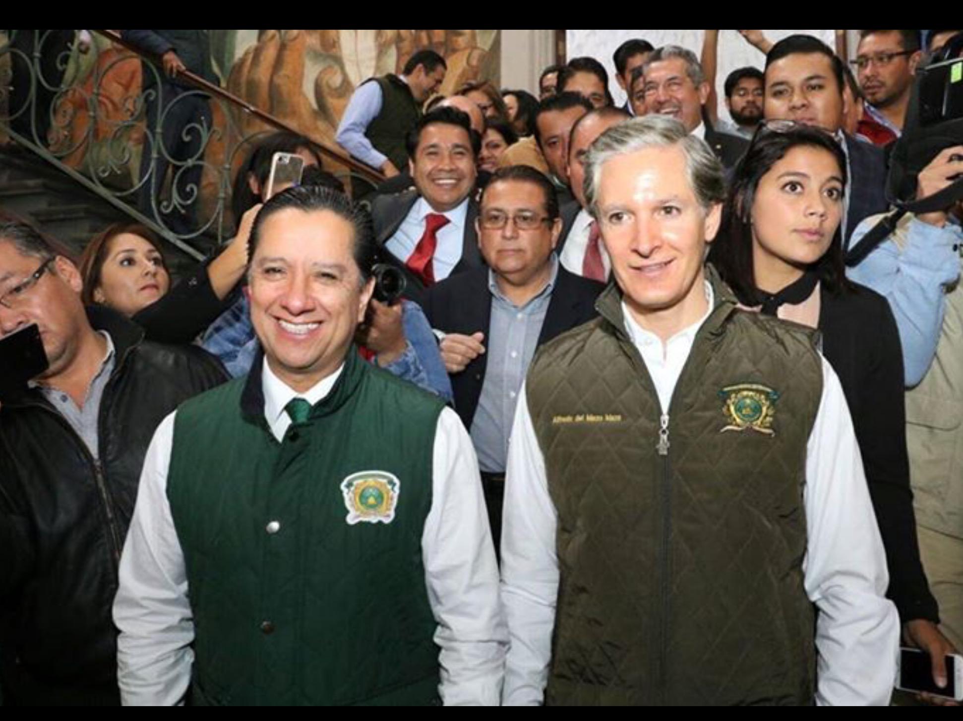 "Pifia en UAEM, presentan a del Mazo como ""gobernador de Edoméx"""