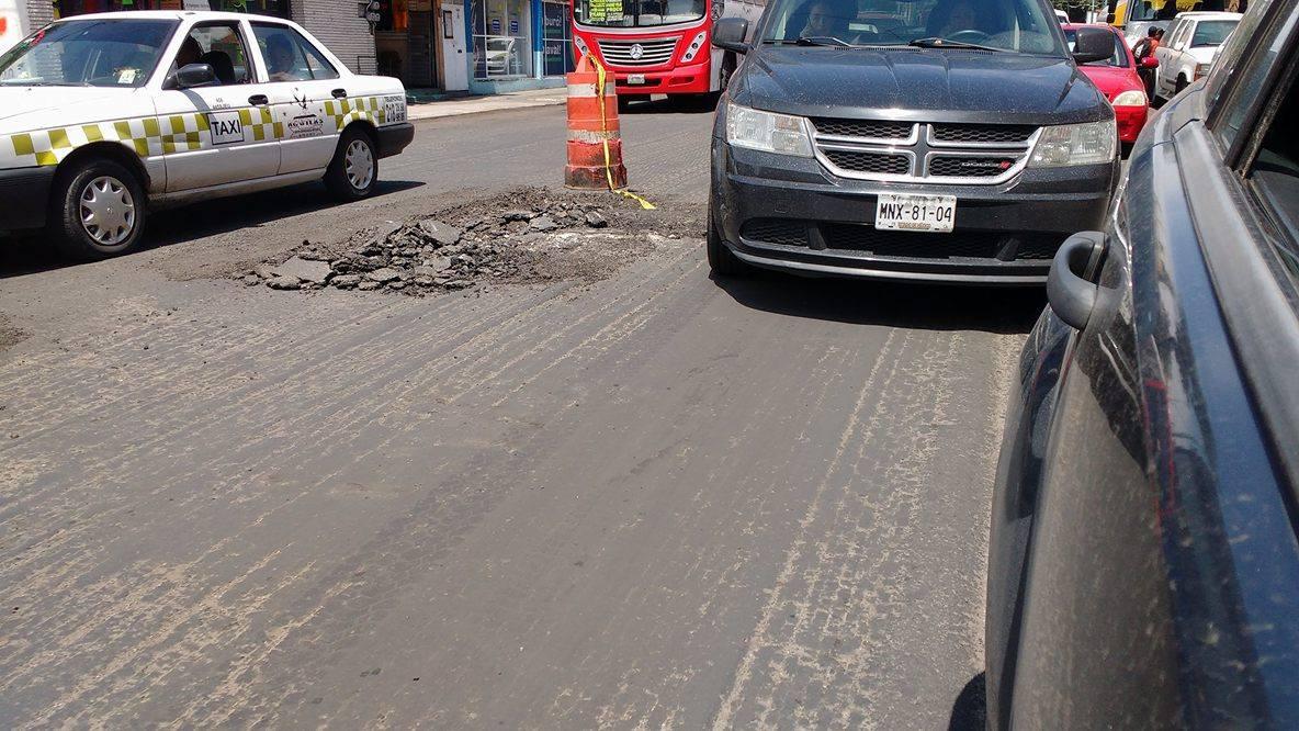 Diputado pone a prueba repavimentación en Toluca