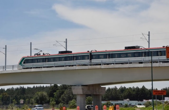 Supervisa Ruiz Esparza pruebas de tren México-Toluca