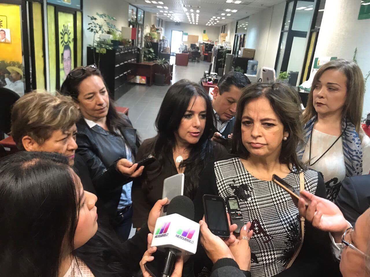 """IEEM, """"tibio"""" ante violencia política contra Delfina Gómez: Mujeres de Hierro"""