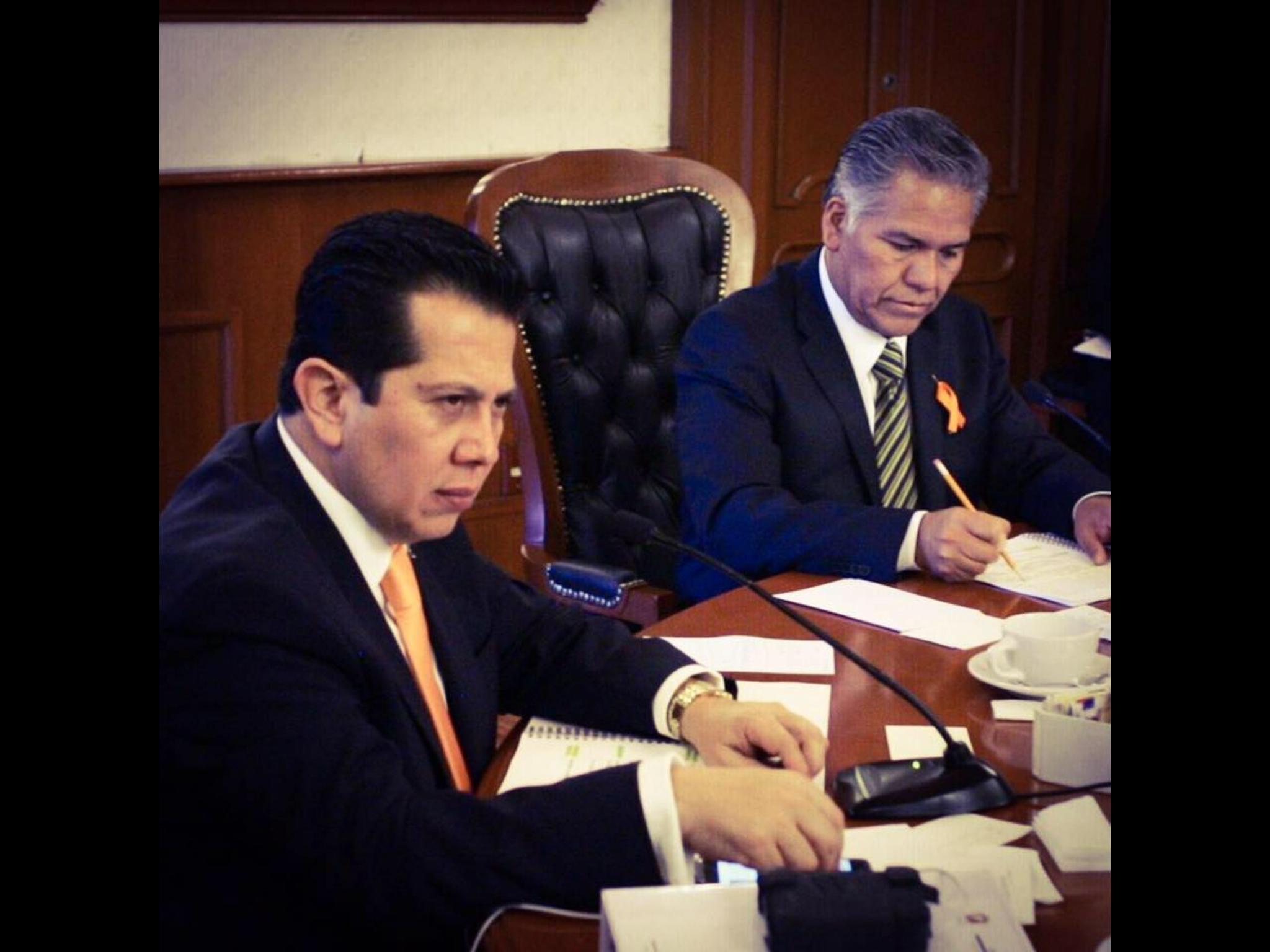 Renuncia secretario del ayuntamiento de Toluca