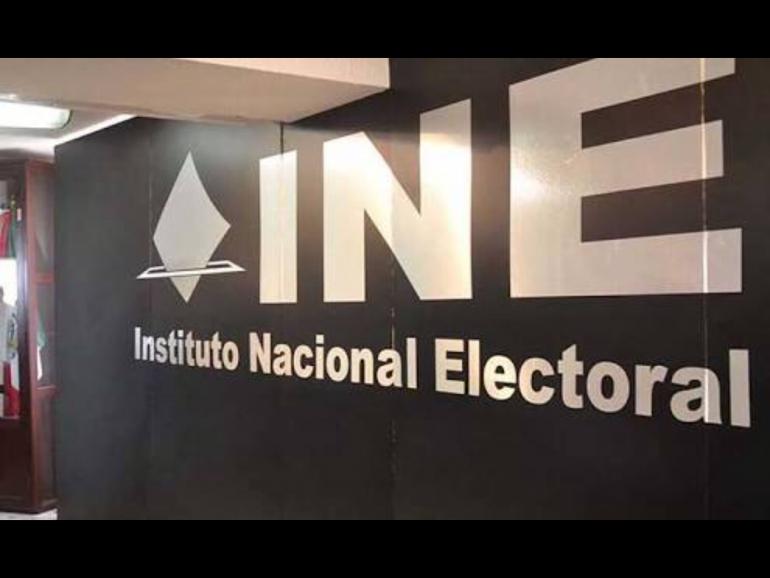 Multa el INE con 672 millones de pesos a los partidos políticos