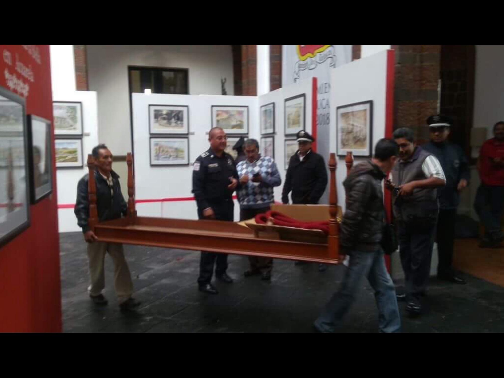 Esconde Toluca mobiliario para evitar embargo
