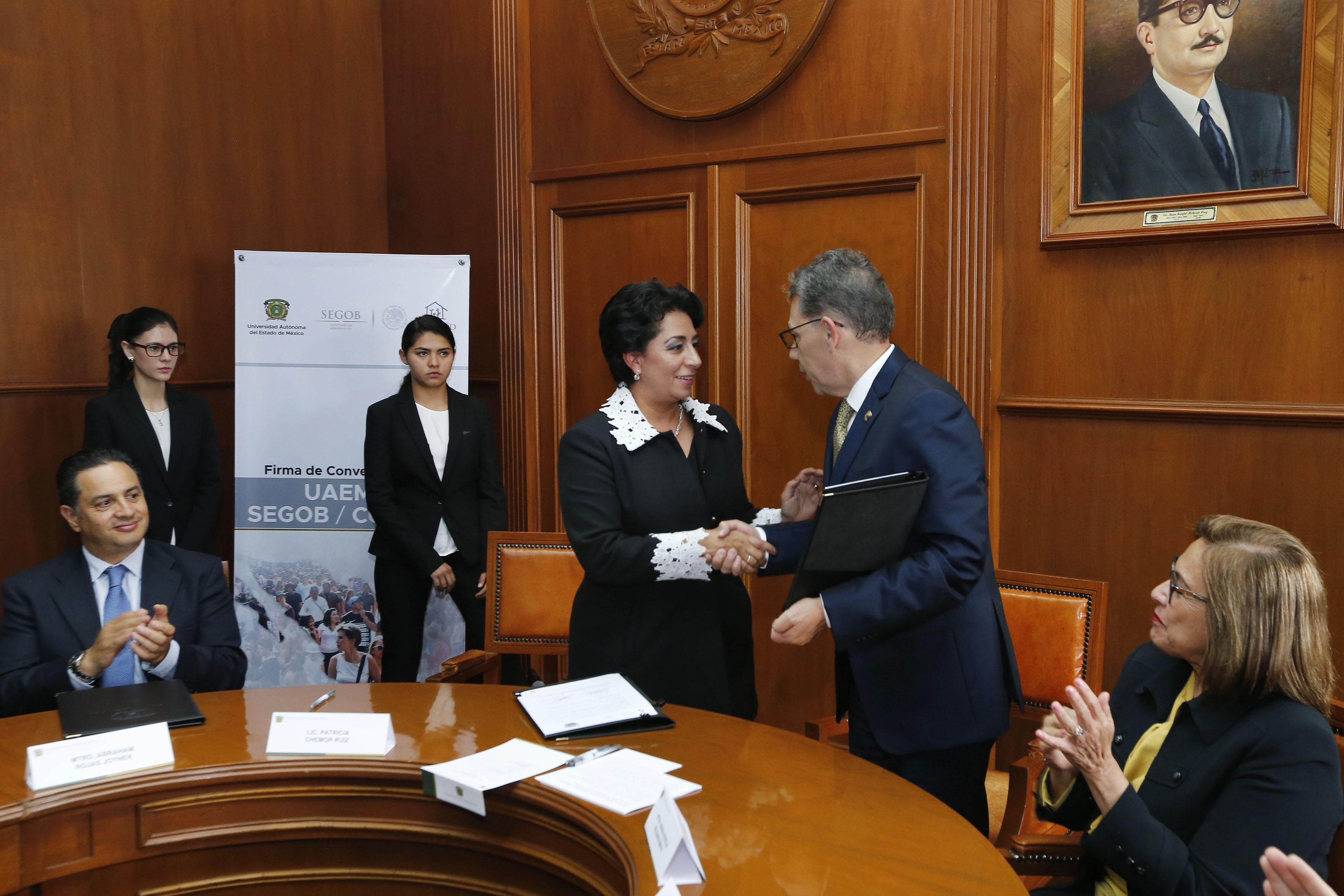 Firma UAEM y CONAPO convenio sobre investigación demográfica
