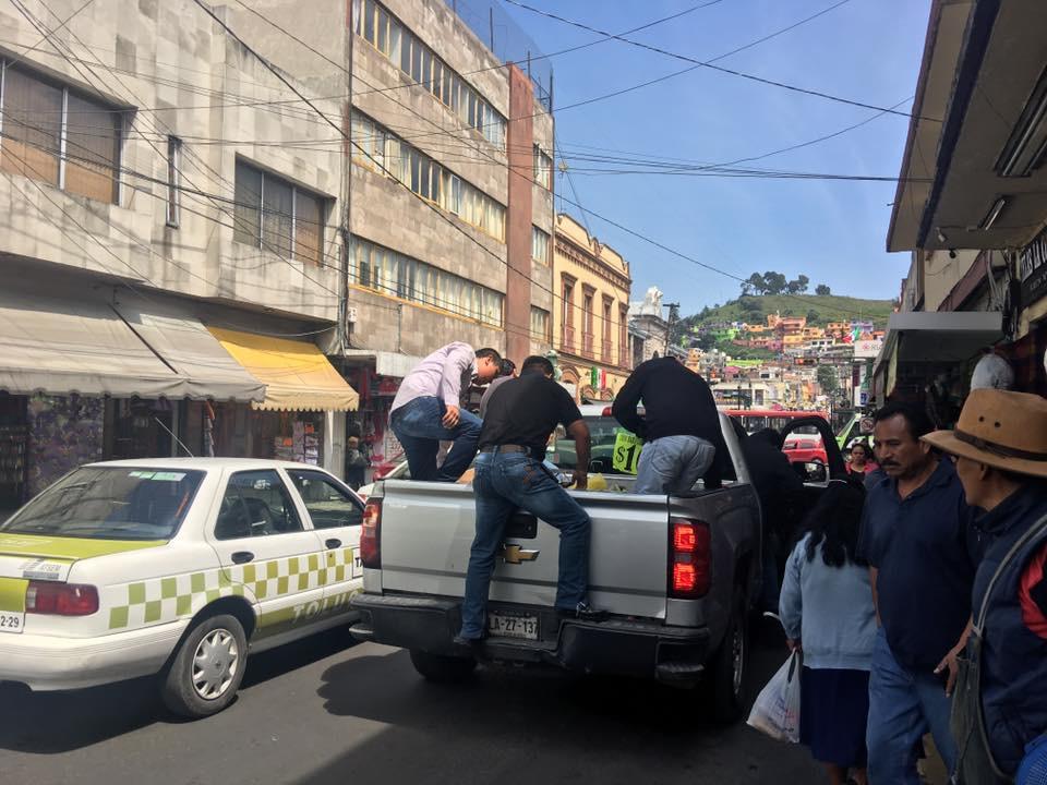 Persisten vicios en operativos anti-ambulantes en Toluca