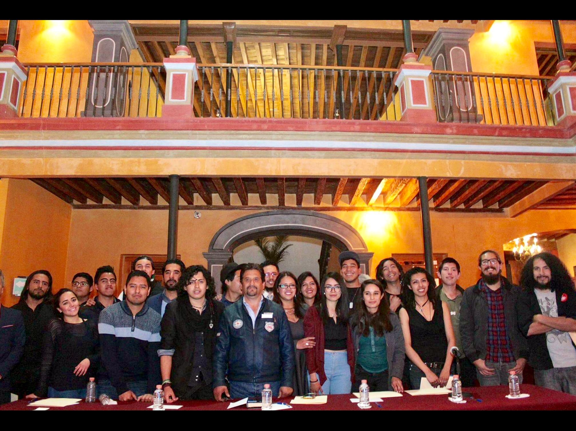 Reconocen talento juvenil en Toluca