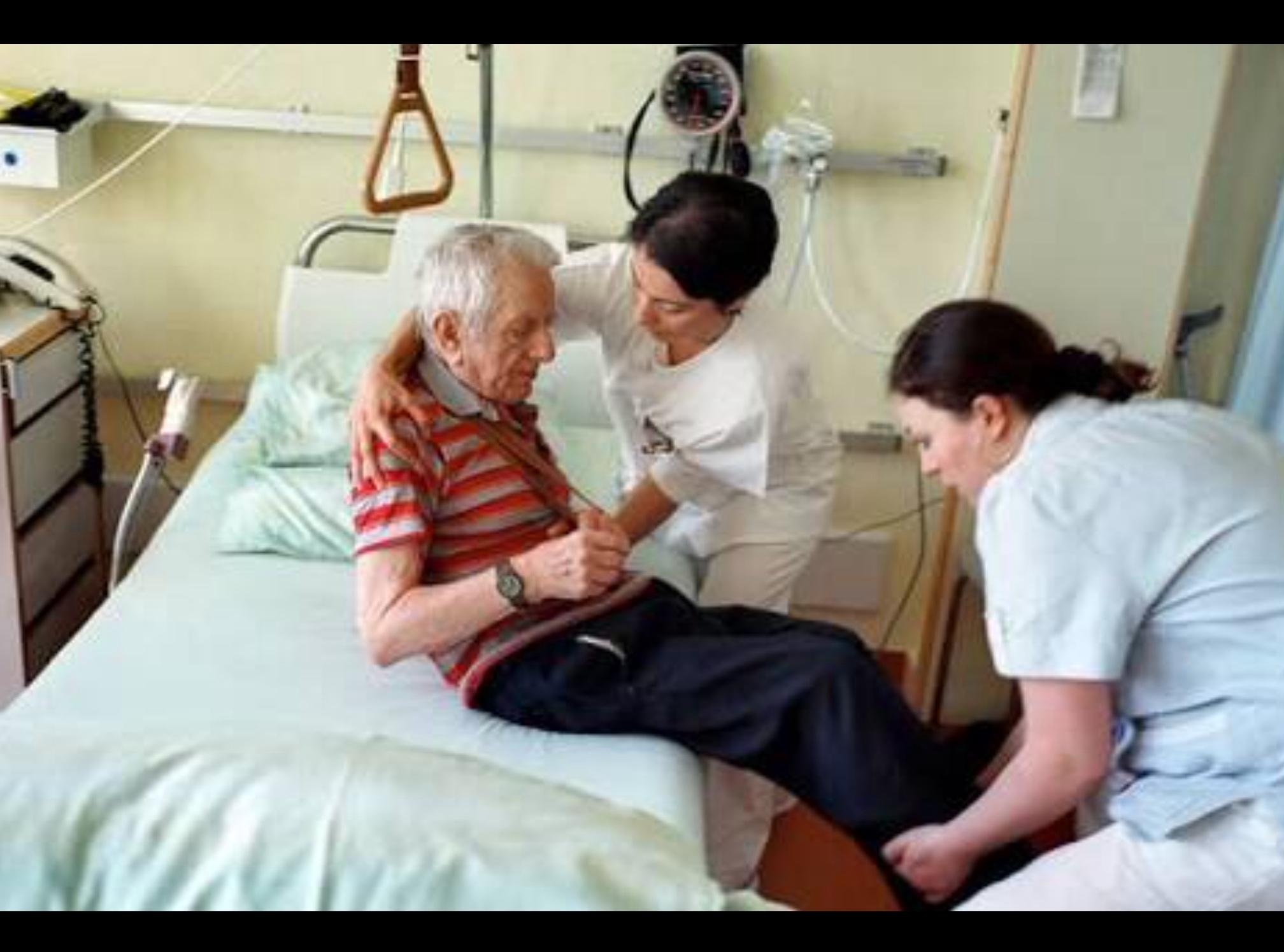 Acerca UAEM servicios de salud para adultos mayores