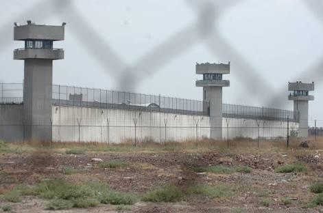 Documenta Codhem vicios dentro de penal de Neza