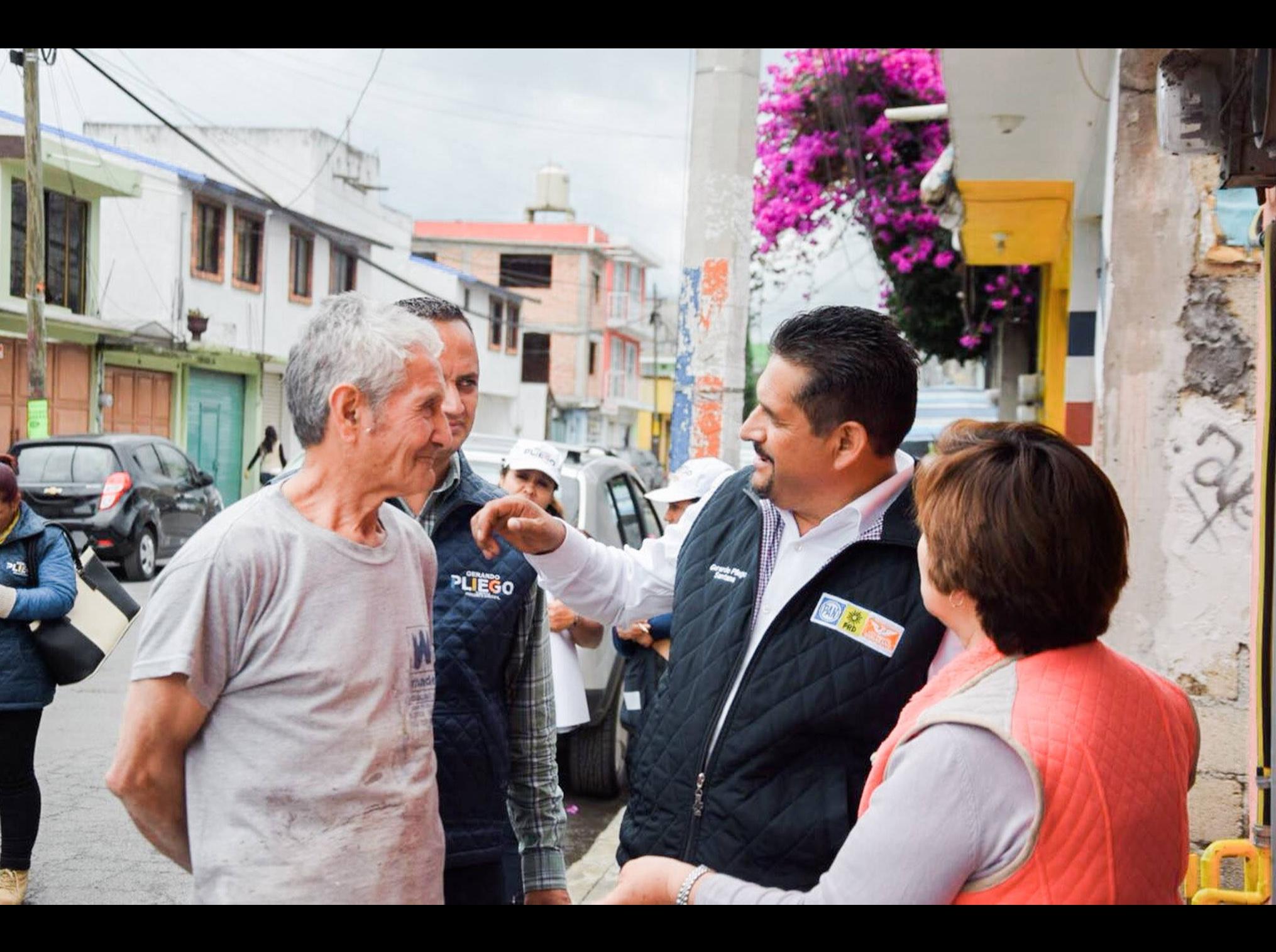 Santa Ana Tlapaltitlán pide seguridad y salud: Gerardo Pliego