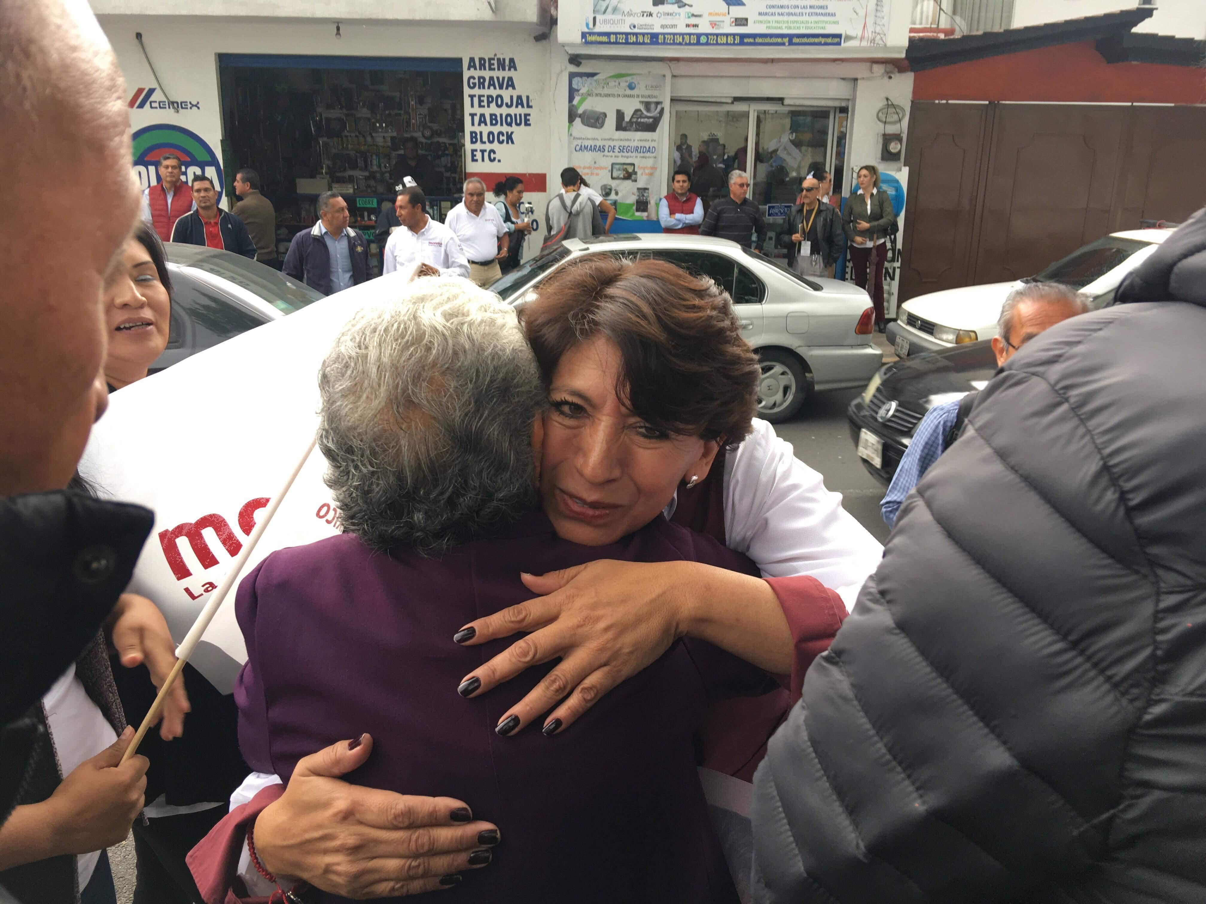 """Alerta Delfina compra de votos en Edoméx """"a diestra y siniestra"""""""