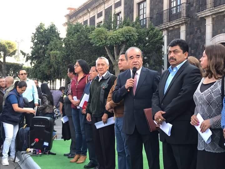 """No más """"cheques en blanco"""" para el gobernador: MORENA"""