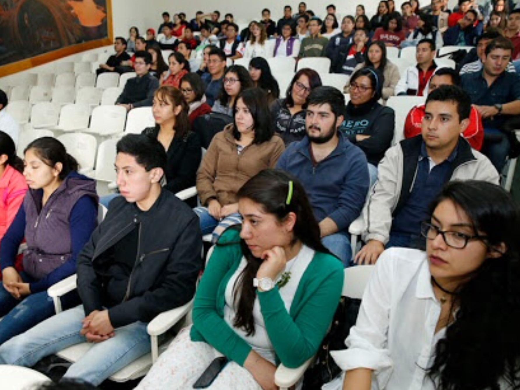 Universitarios reafirman compromiso con el medio ambiente