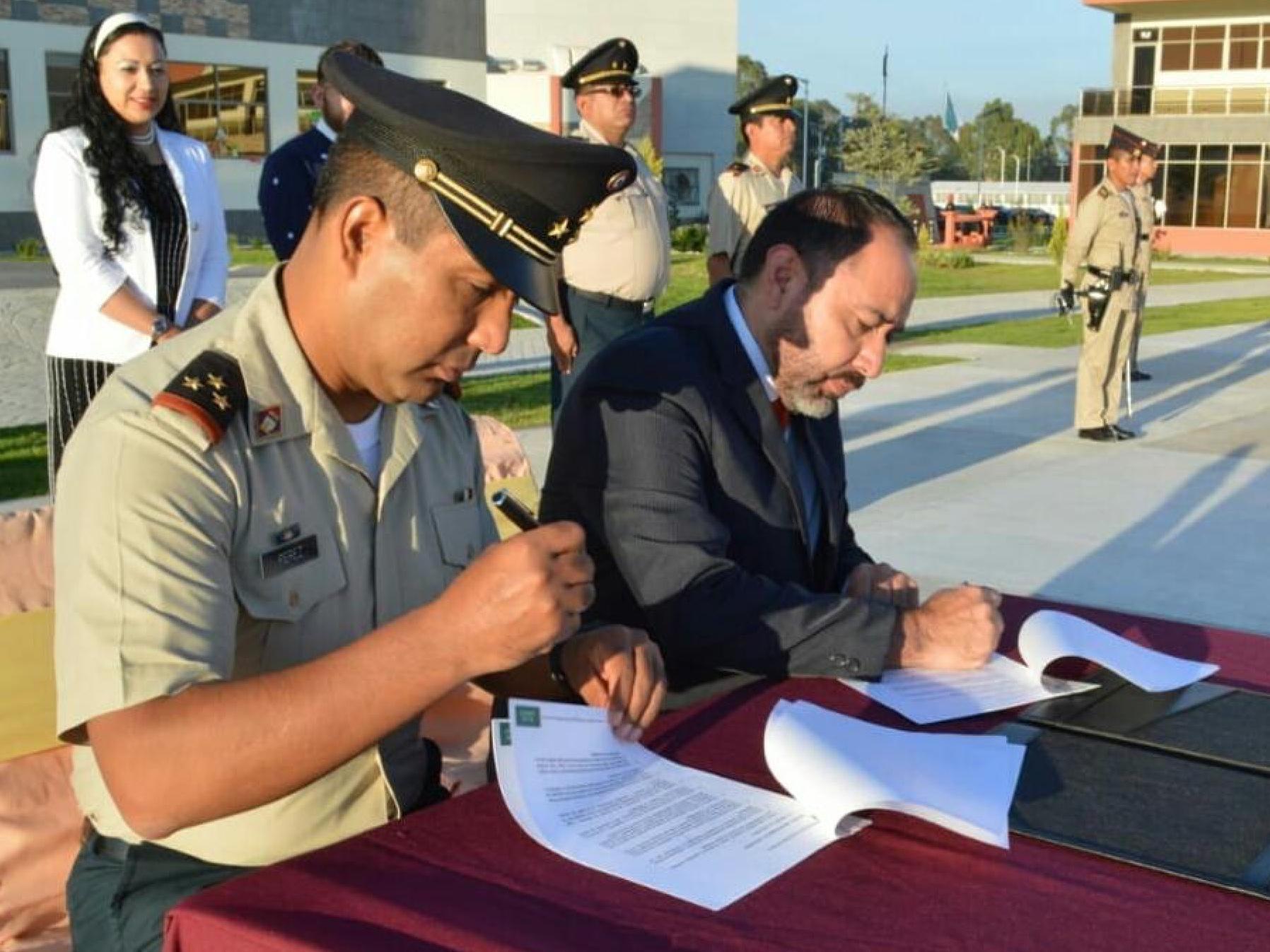Firman UAEM y Base Militar convenio de colaboración