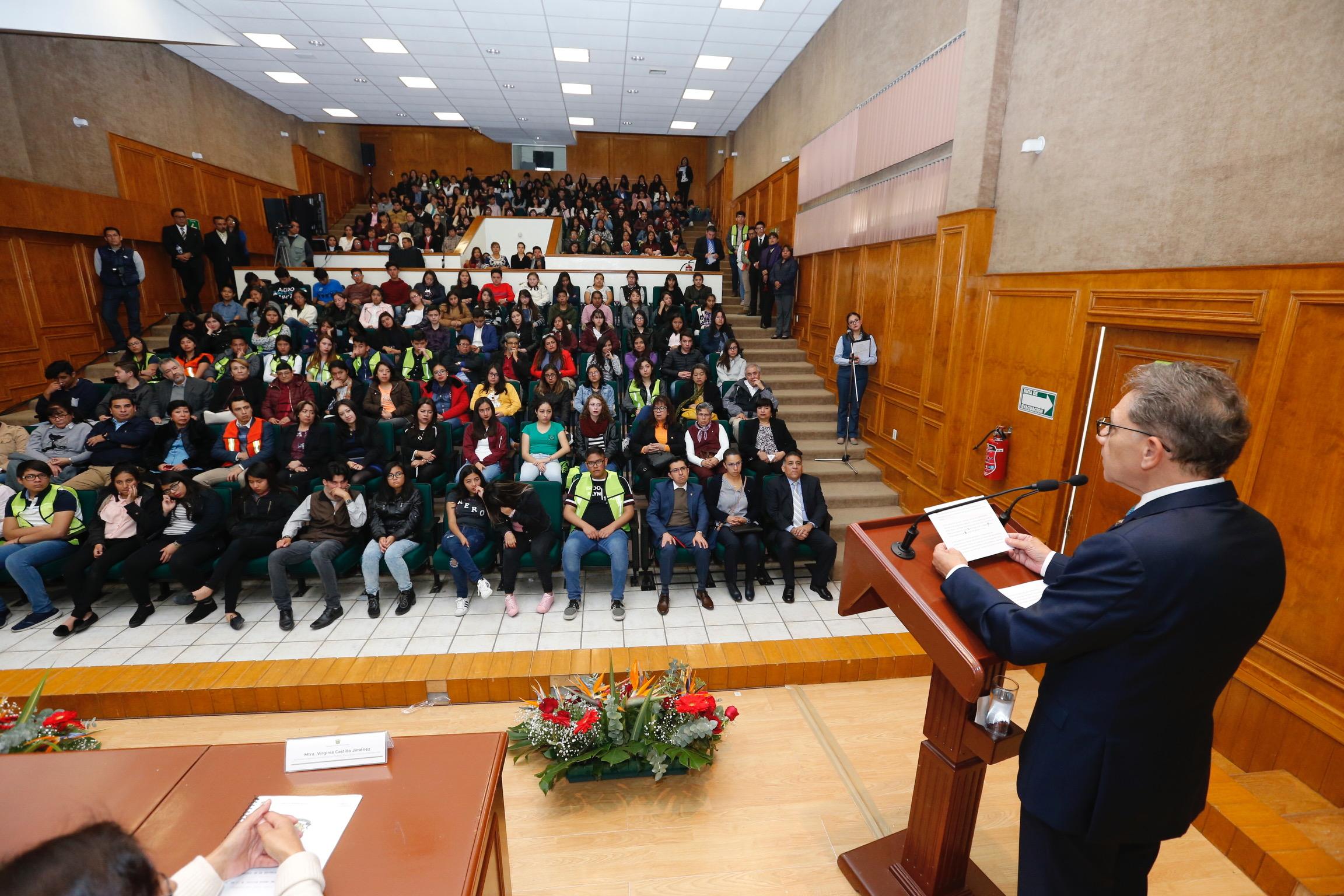 Fortalece UAEM estrategias contra deserción escolar