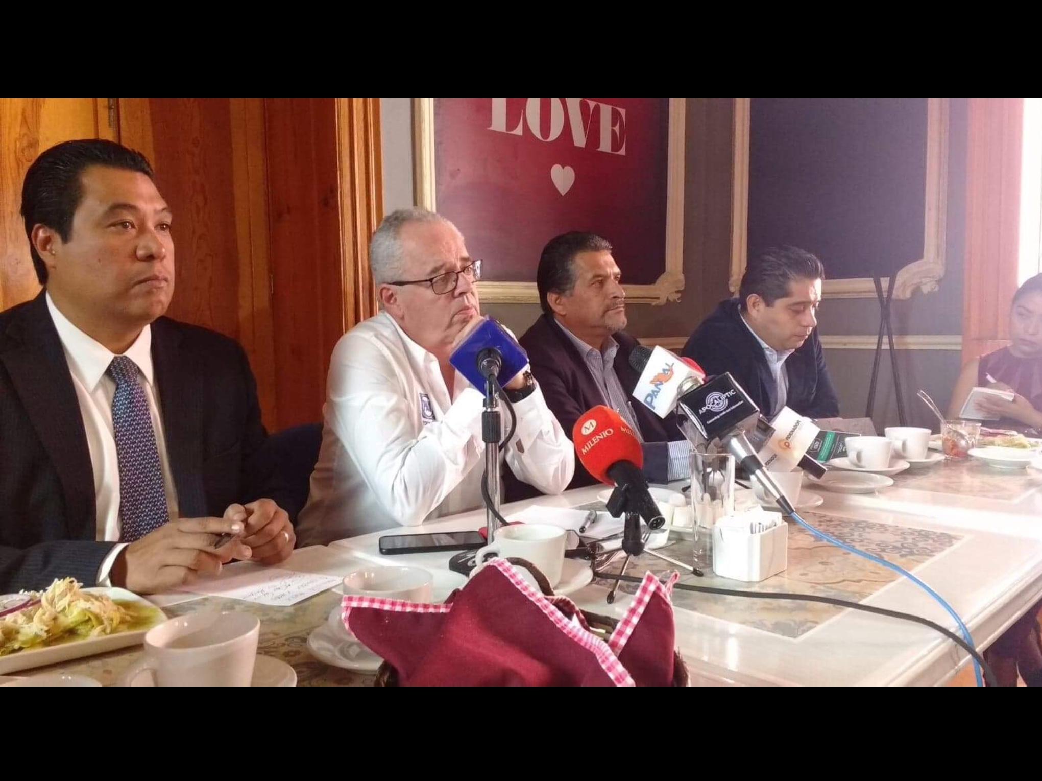 """Ve Inzunza """"camino libre"""" hacia dirigencia estatal del PAN"""