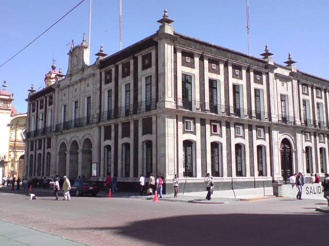 "Urge detectar ""aviadores"" en Toluca: Arturo Chavarria"