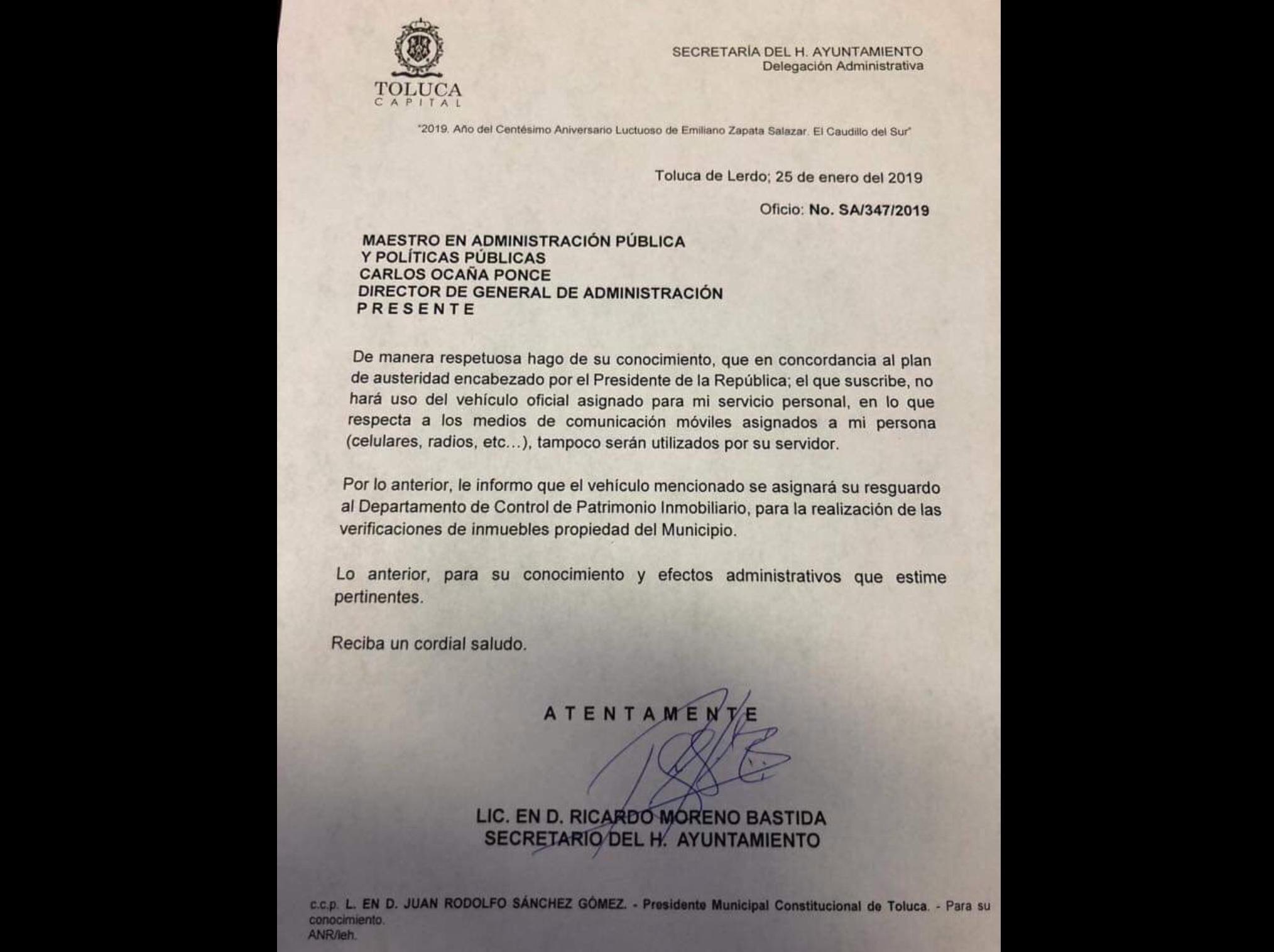Por escrito, renuncia Moreno a privilegios municipales