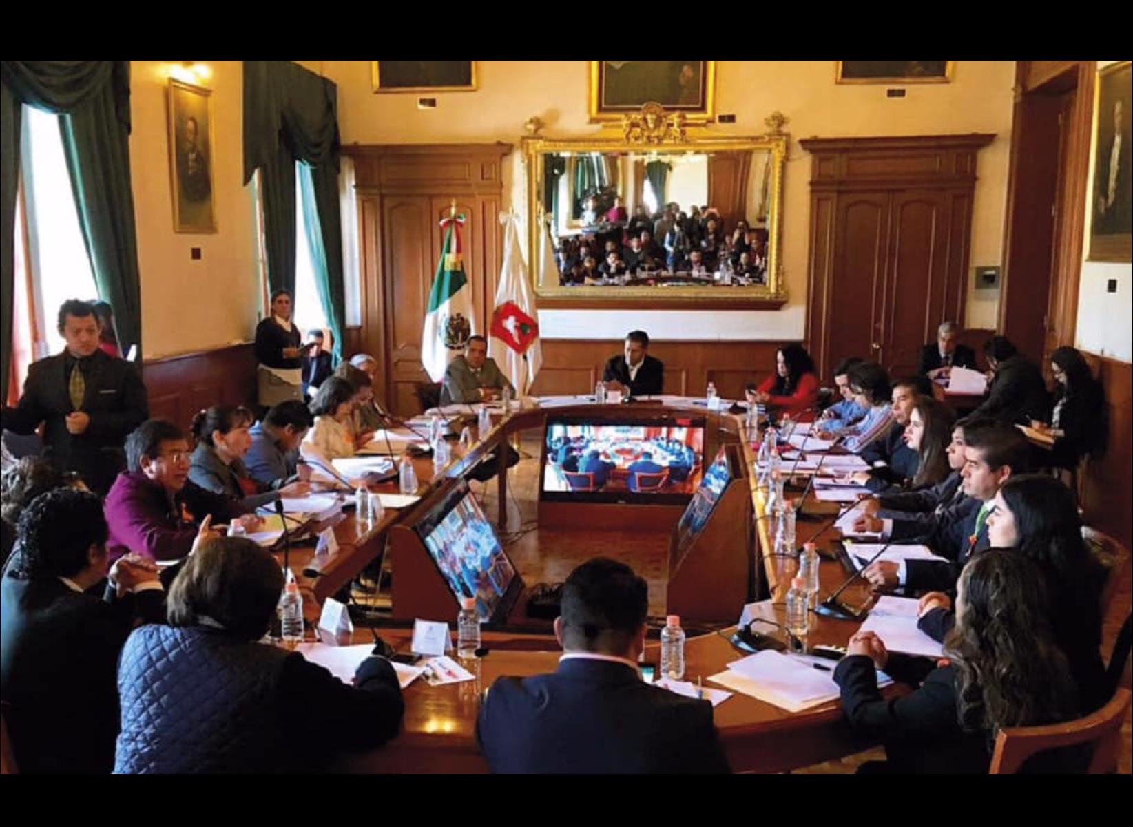 """Reacciona alcalde ante caso de """"aviadores"""" en Toluca"""