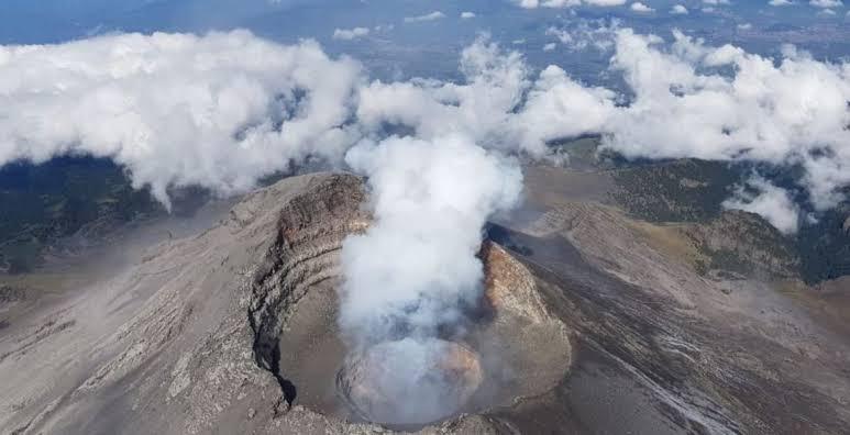 """Mantiene """"Don Goyo"""" actividad volcánica"""