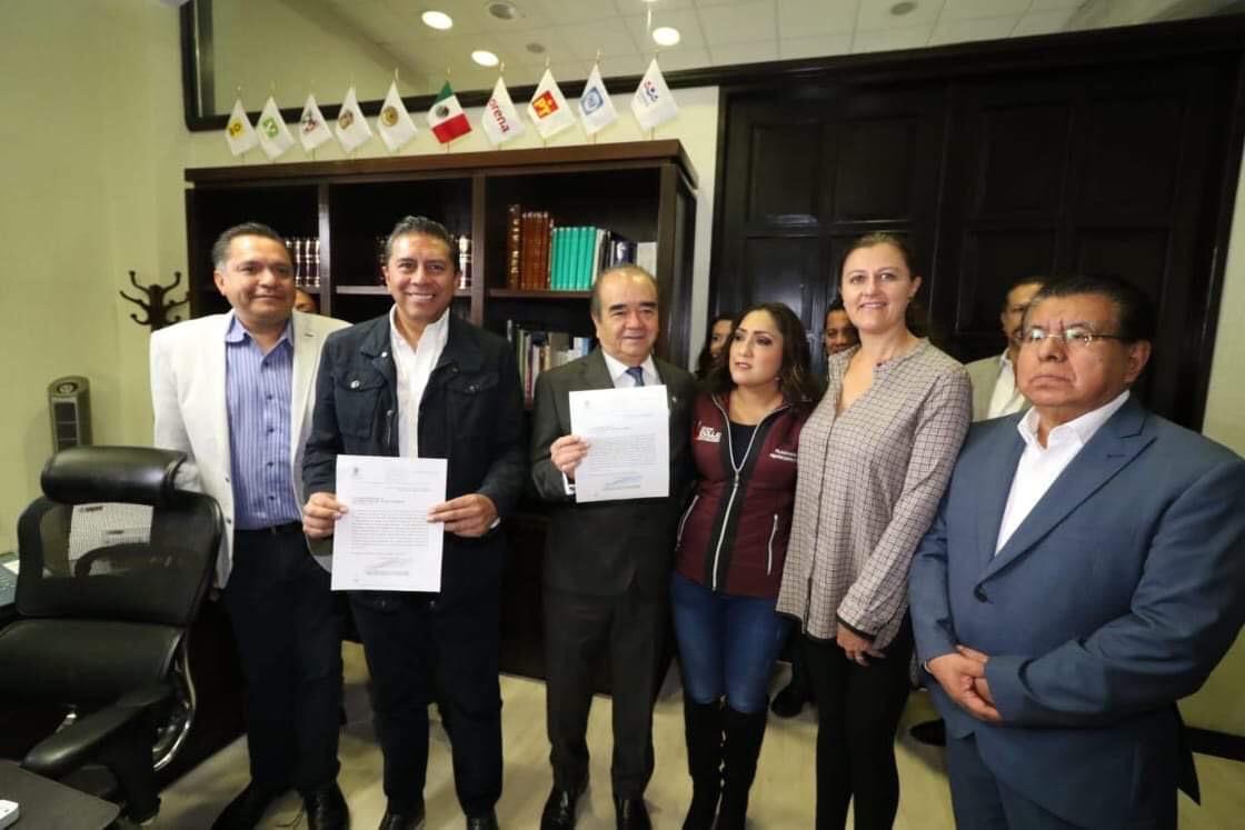 Avanza propuesta para abrir alumbrado público de Toluca a IP