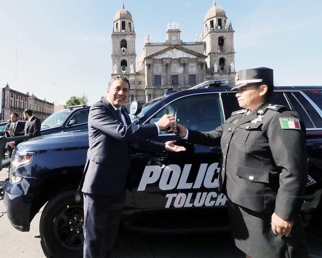 Más equipo para policía de Toluca, ahora 500 nuevas patrullas