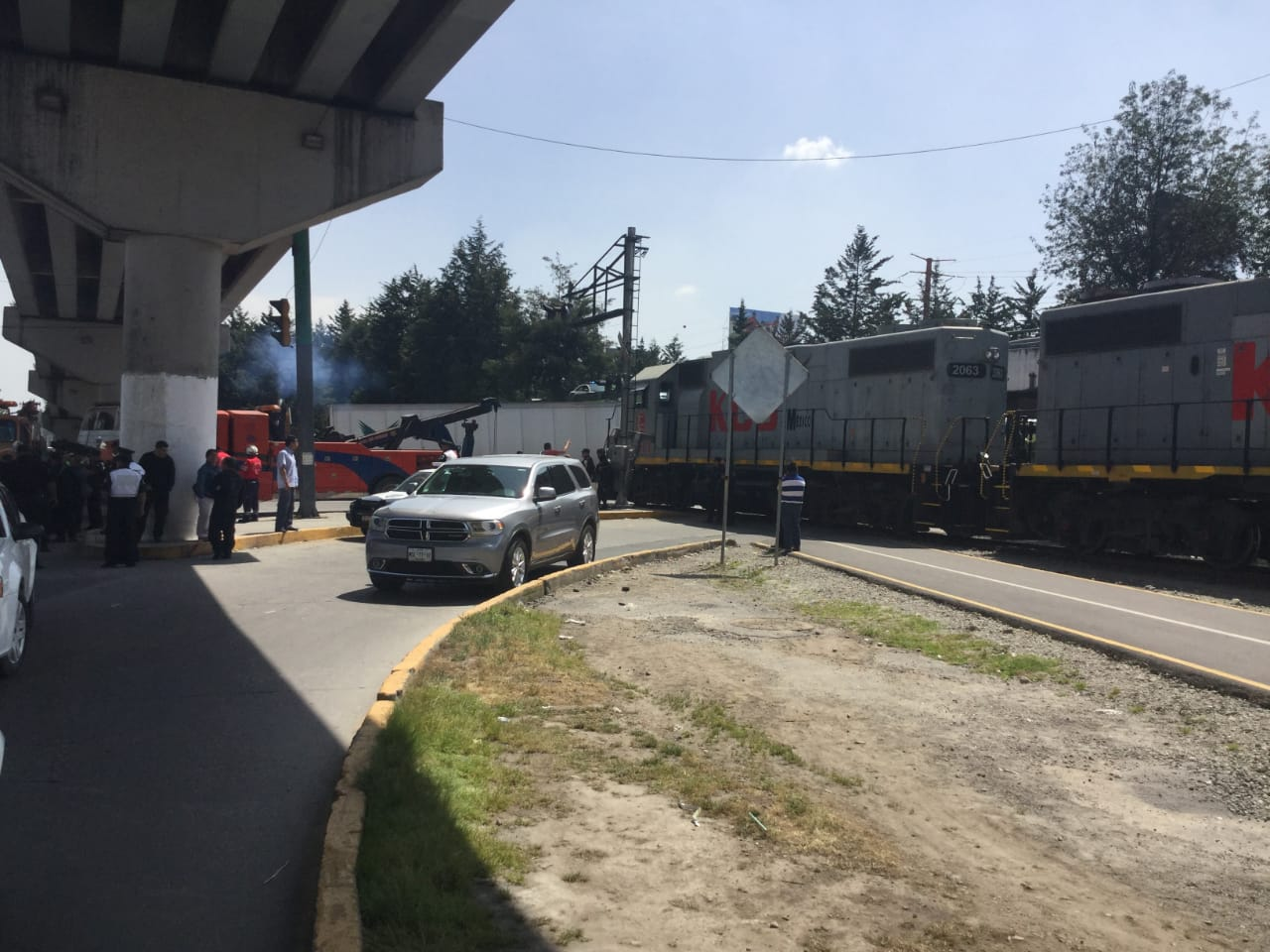 """Regidor de Toluca pide """"meter en cintura"""" al tren"""