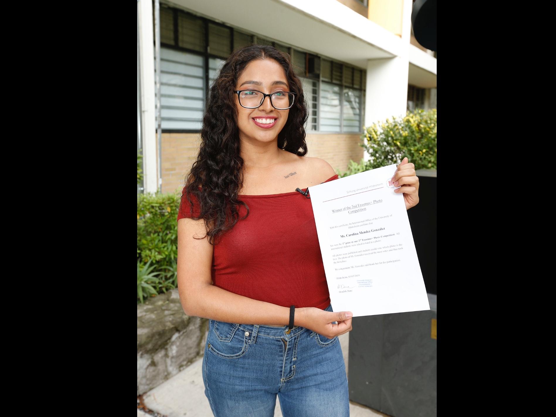 Reconoce Alemania perspectiva feminista de alumna de UAEM