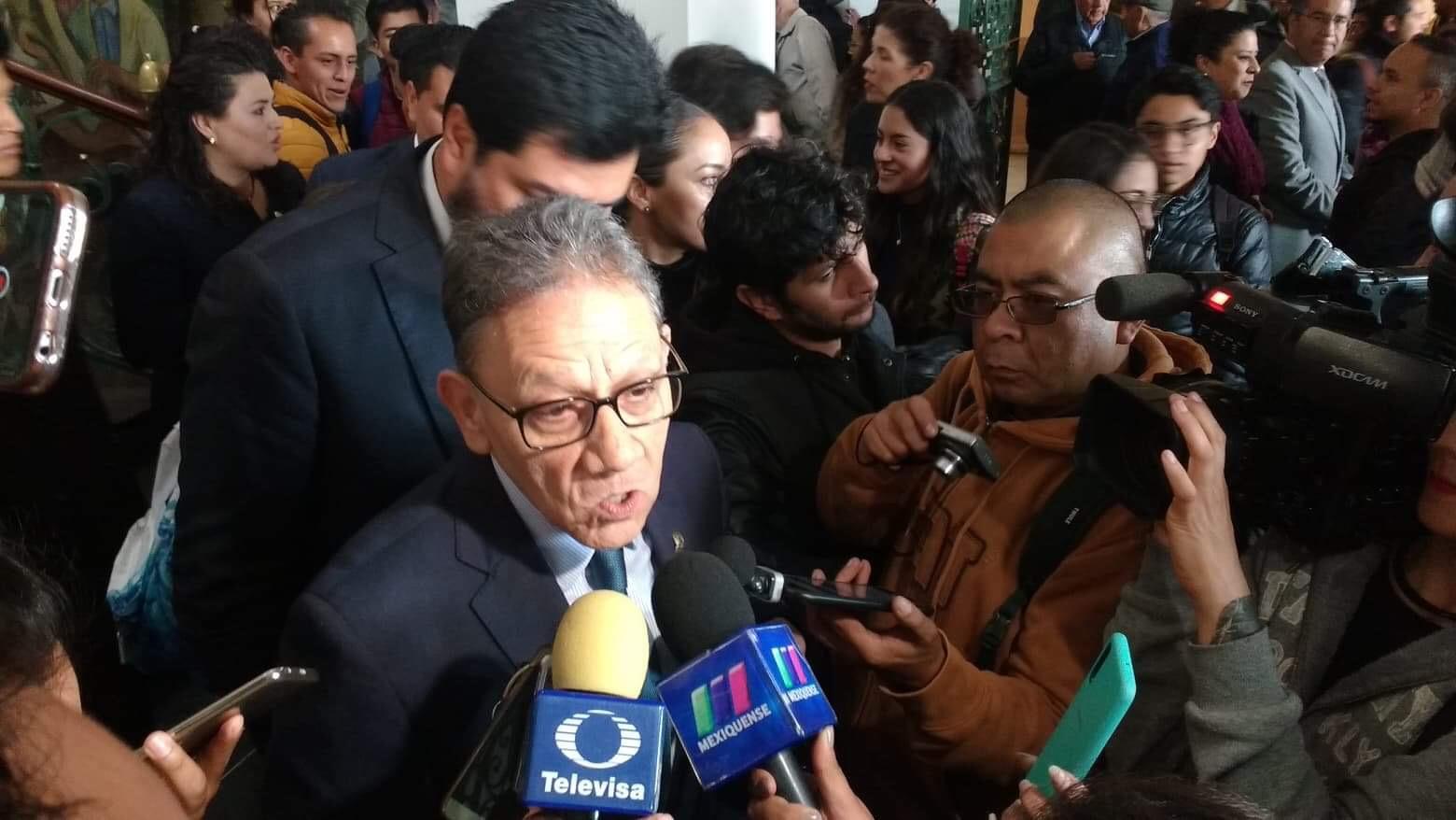 Por UAEM, buscar soluciones no enfrentamiento, rector a legisladores