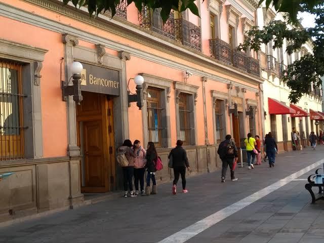 Asaltan banco en el Centro de Toluca
