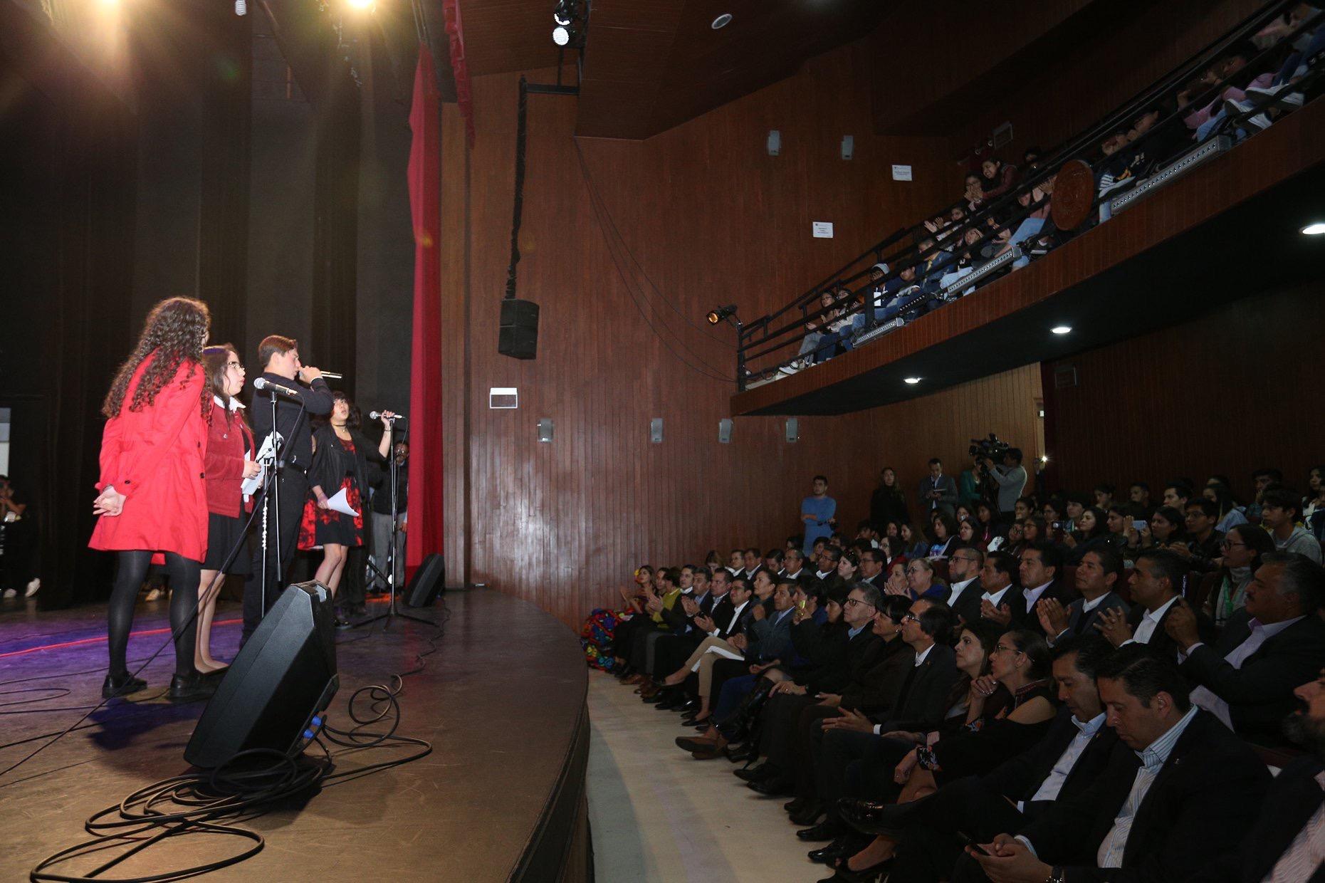 """Melodías resuenan en """"Los Jaguares"""" de UAEM"""