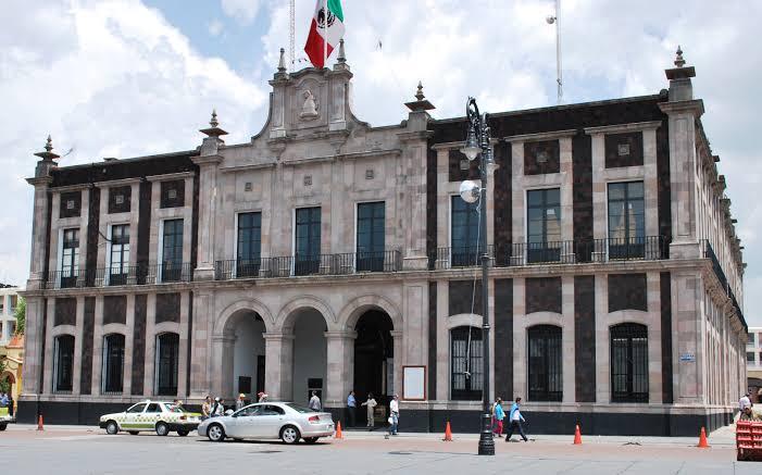 No habrá aumento de salario para alta burocracia de Toluca