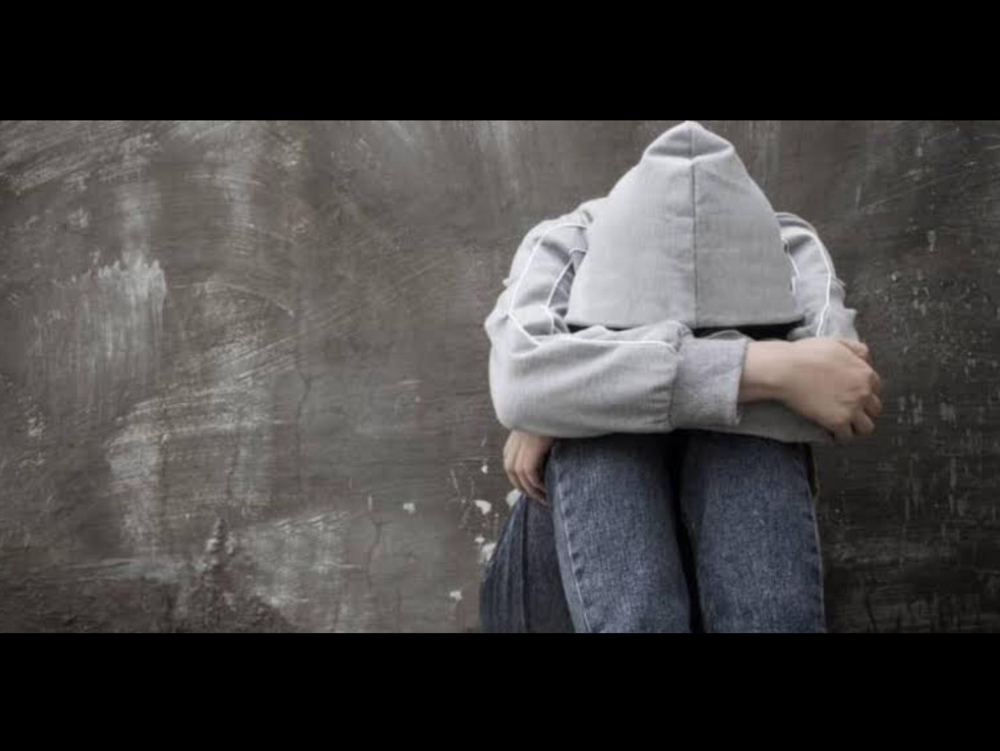 Depresión provoca aislamiento familiar, social, escolar y laboral