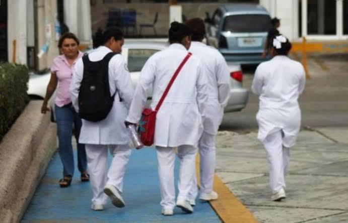 Pide Codhem trato VIP para personal de Salud por COVID-19