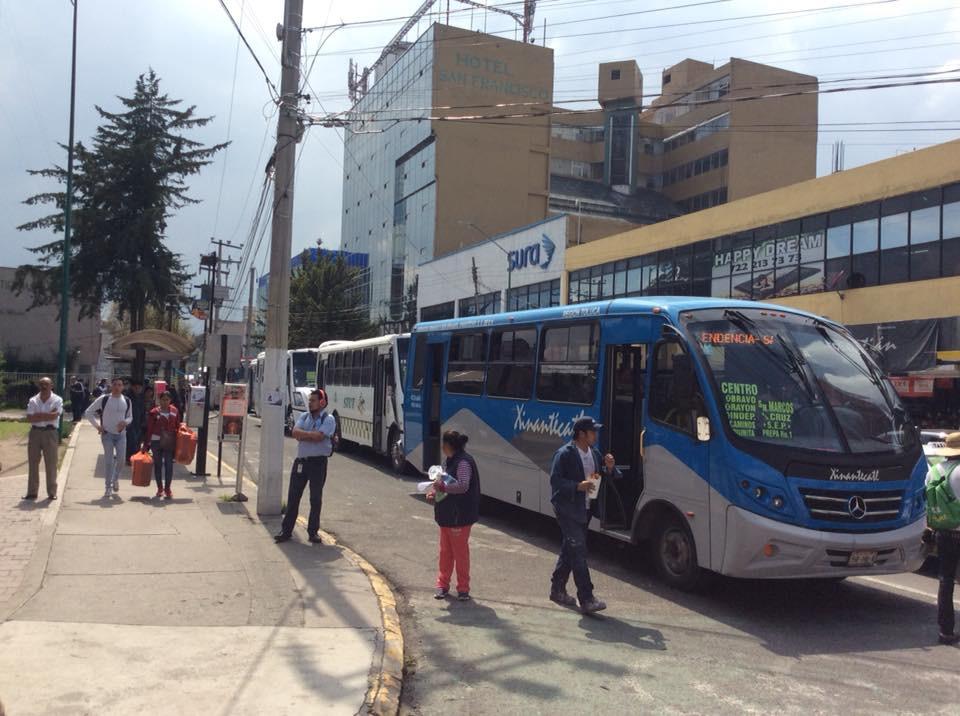 Transporte público de Edoméx expone salud de usuarios y operadores