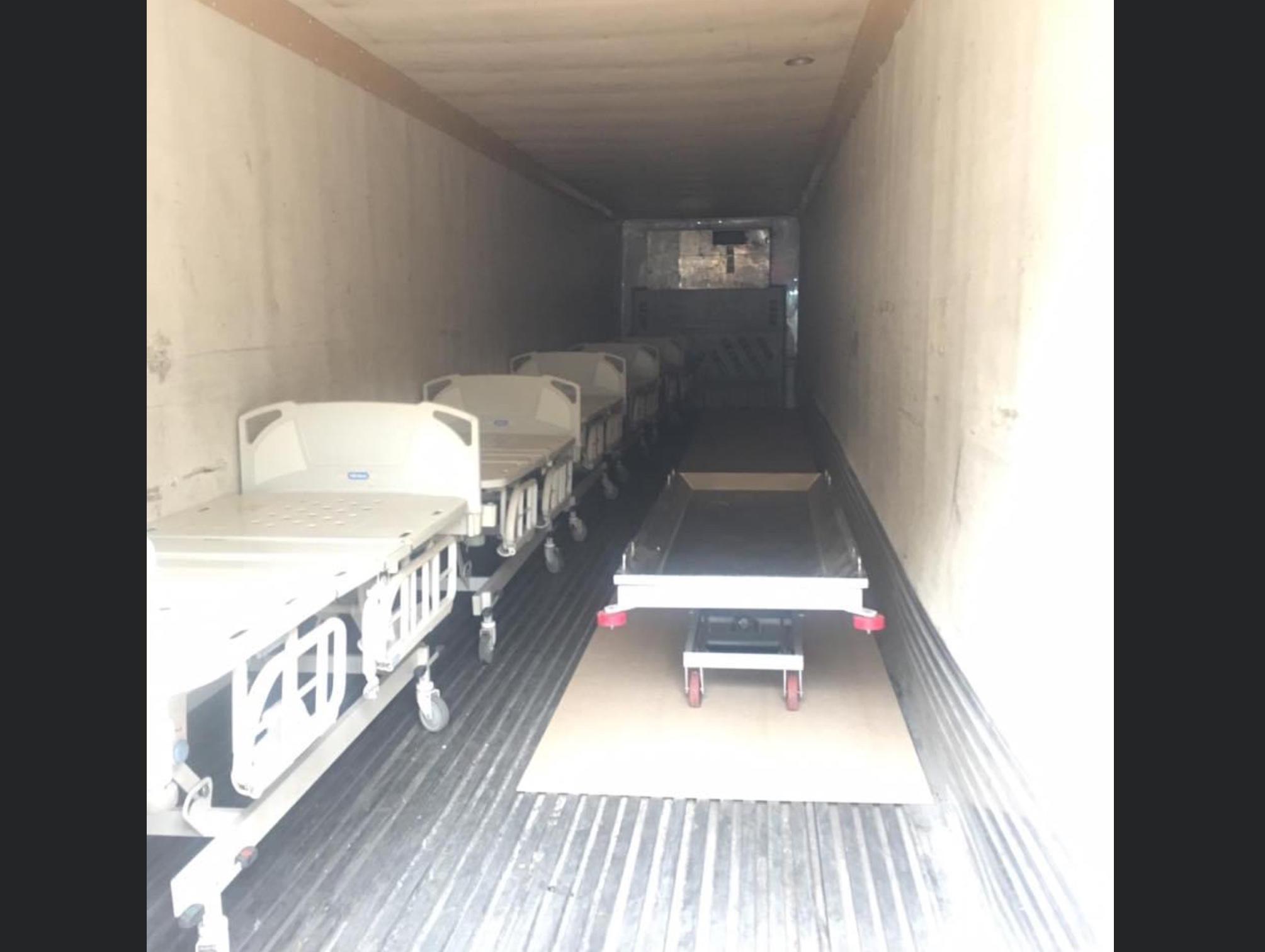 Van a tráileres frigoríficos fallecidos por COVID-19 en Edoméx