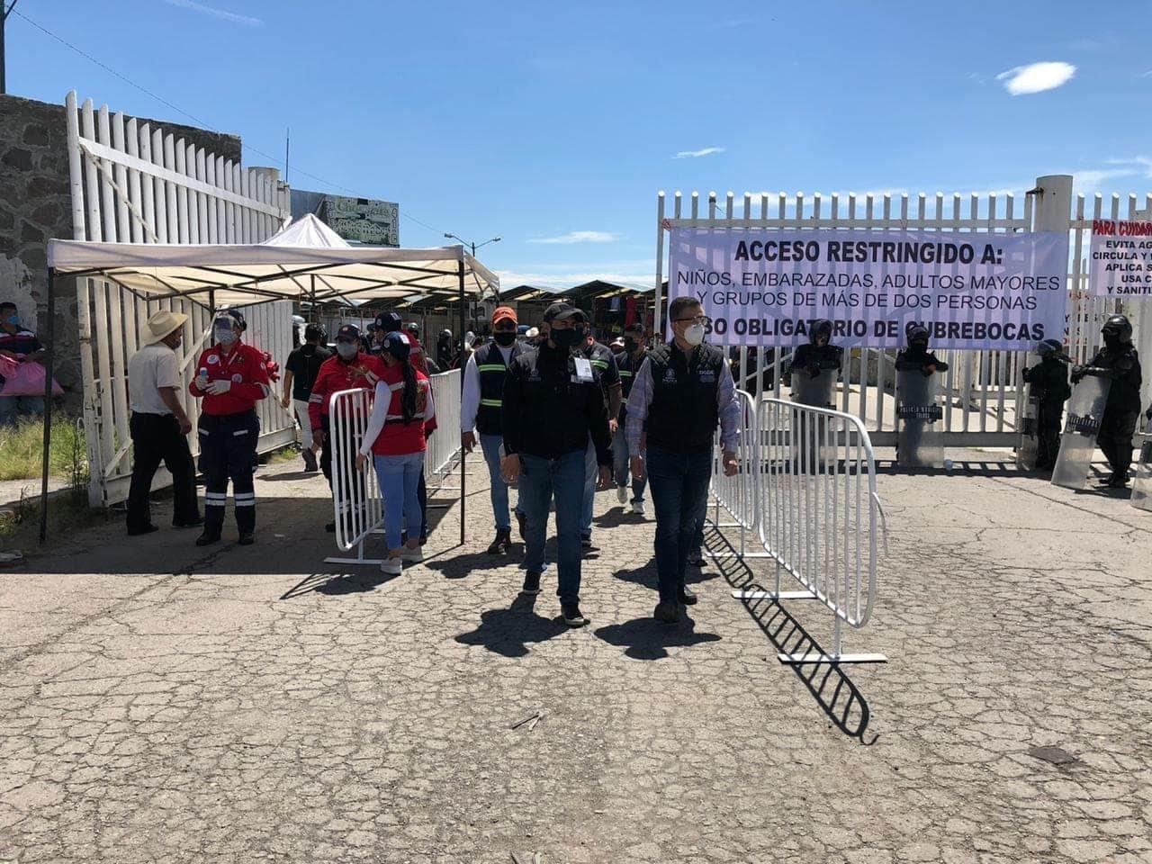 Operan mercados y Tianguis de Toluca al 30%