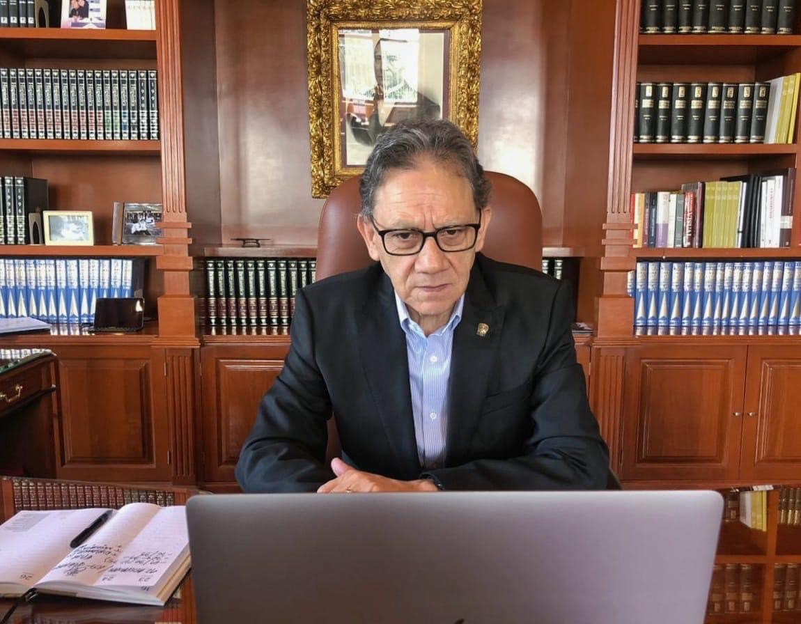"""Reporta UAEM aplicación de 53 mil """"exámenes desde casa"""""""