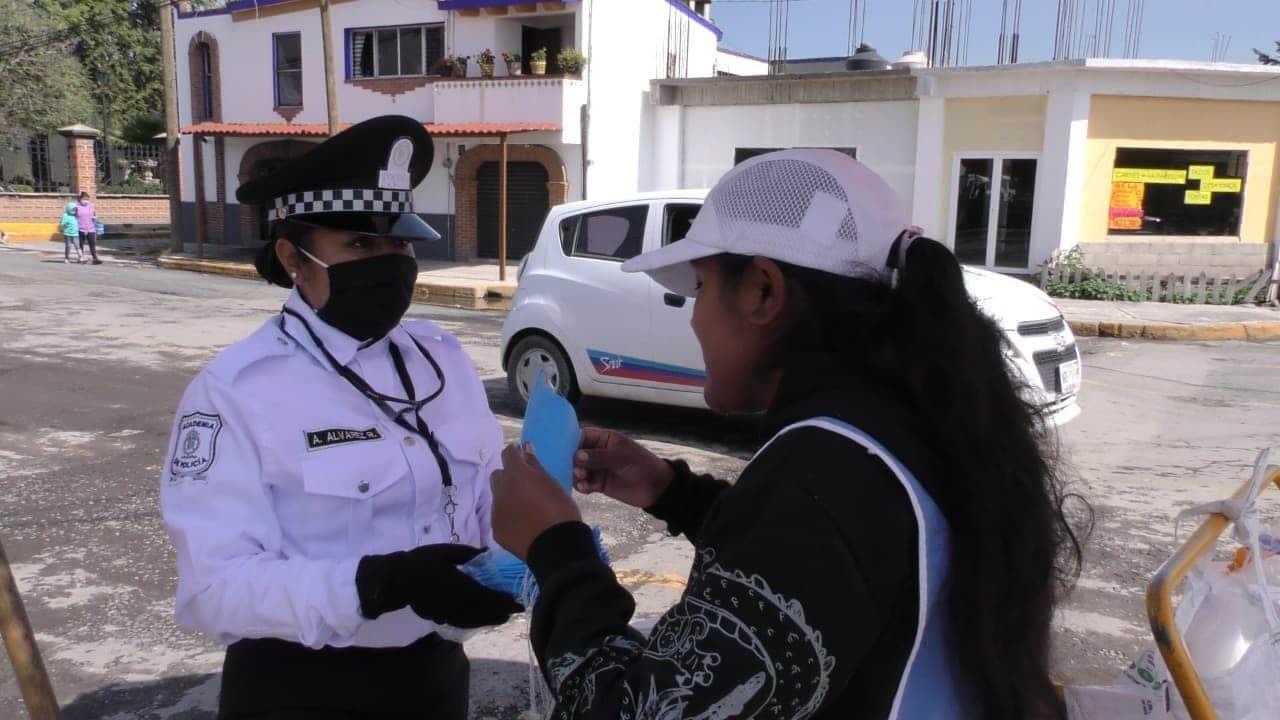 Mantiene Toluca repartición de cubrebocas y sanciones por incumplimiento