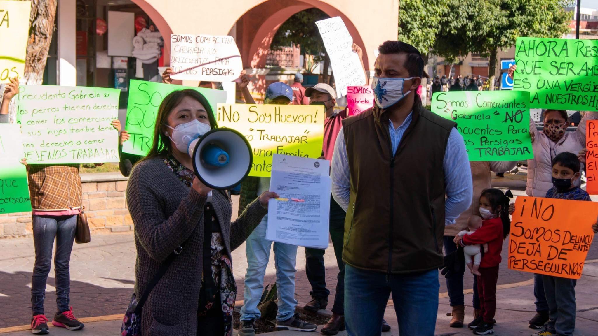 Acusan venganza de alcaldesa de Metepec en su contra