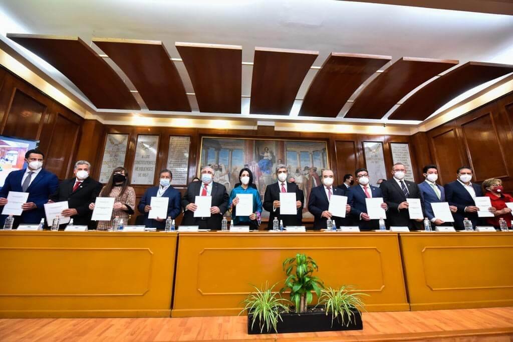 Ronda oportunismo político a reforma de Constitución de Edoméx