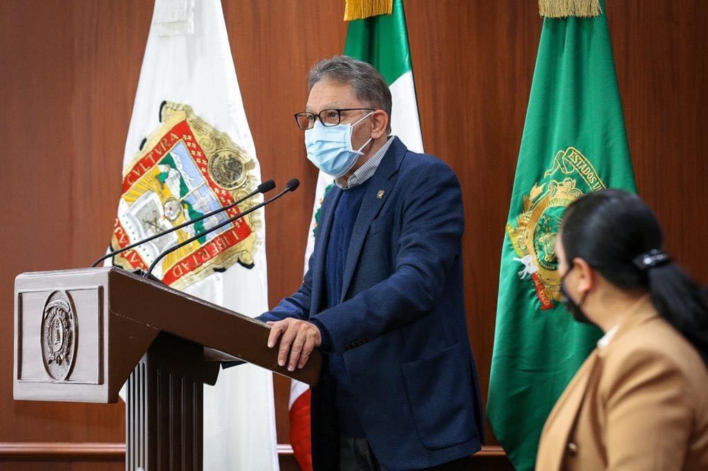 Negocia UAEM mejoras laborales: Alfredo Barrera